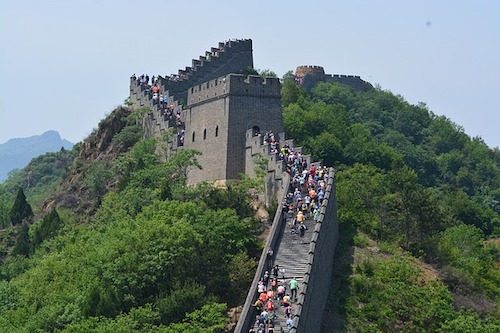 great-wall-tourist crowd